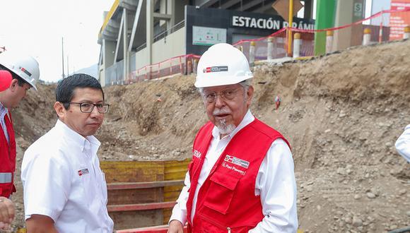 """Enrique Espinosa afirmó que si el aniego se hubiera producido en San Isidro o en un 'barrio rico' de Lima, el ministro Piqué """"ya estaría fuera de su cargo"""". (Foto: Difusión)"""