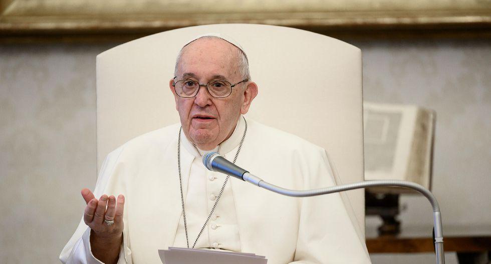El papa Francisco sostuvo un diálogo telefónico con el presidente del Perú Martín Vizcarra.  (AFP/Vatican Media).