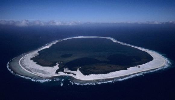 La isla coralina se formó sobre el borde del cráter de un volcán sumergido. (Foto: Xavier Desmier, vía BBC Mundo).