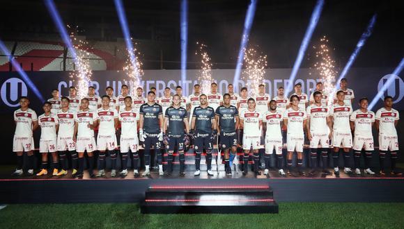 Universitario de Deportes presentó a su plantel en la Noche Crema 2021