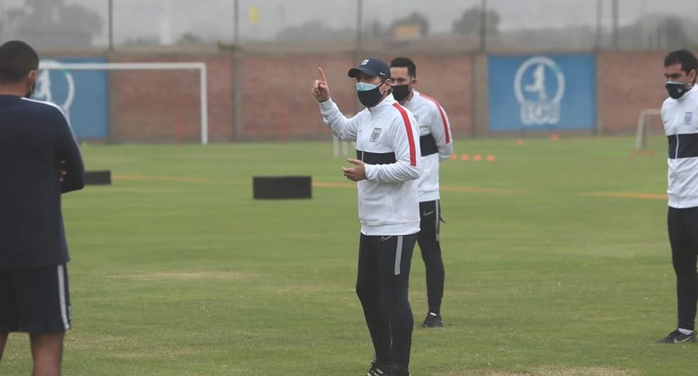 Mario Salas dirigió su primer entrenamiento en Alianza Lima   Foto: Alianza Lima