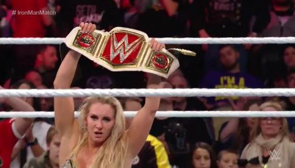 WWE: Charlotte venció a Banks y volvió a ganar título femenino