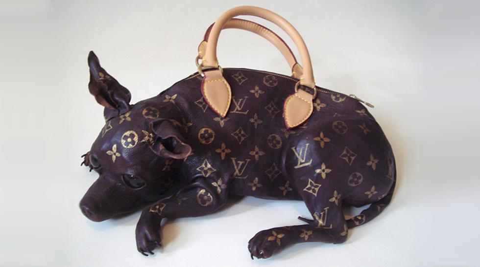 ¿Te colgarías un perro al hombro? Mira las carteras más raras - 1