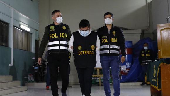 El sujeto al momento de su detención llevaba puesto un chaleco con el logotipo del Ministerio Público. (Foto: El Comercio)
