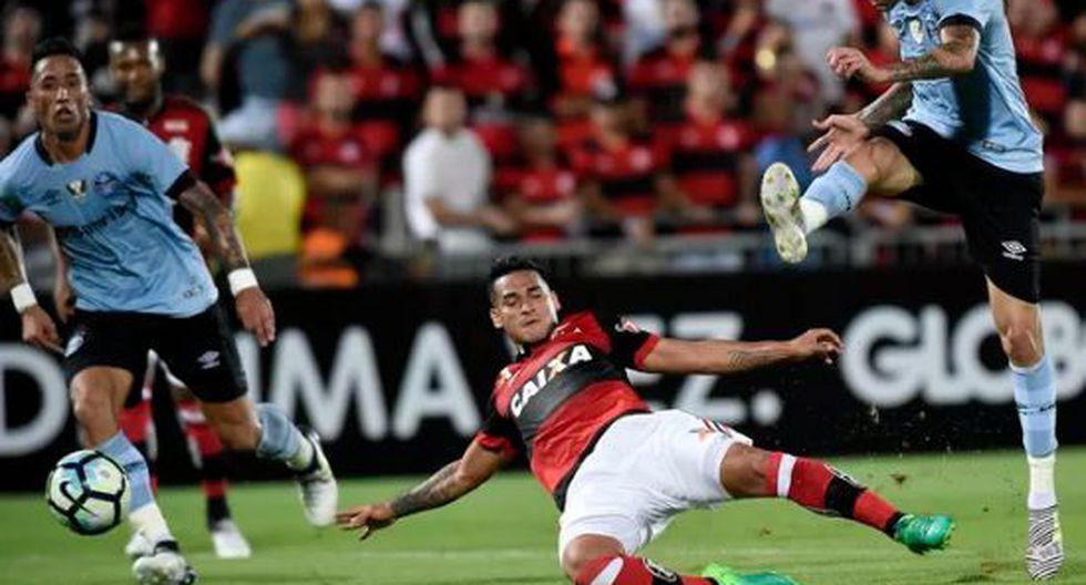 Flamengo cayó 1-0 ante Gremio con Miguel Trauco en fecha 13° del Brasileirao. (Foto: Globoespoerte)
