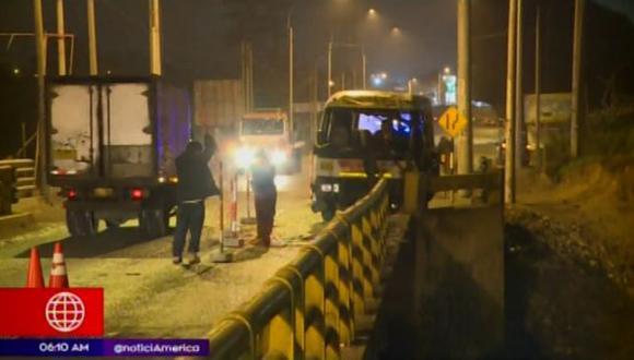 Accidente ocurrió a la altura del kilómetro 34 de la antigua Panamericana Sur. (Captura: América Noticias)
