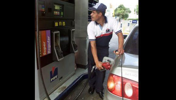 Venezuela: rechazan aumento de la gasolina más barata del mundo
