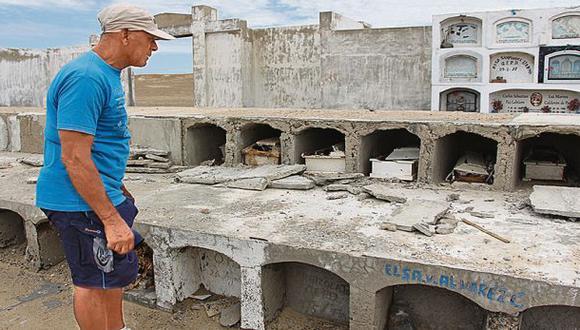 Los cementerios de Puerto Eten están a merced de los delincuentes. (Foto: Wilfredo Sandoval)