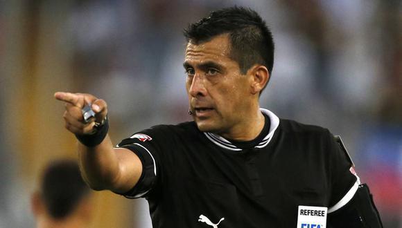 Perú vs Brasil: Julio Bascuñán no tuvo el respaldo del VAR para tomar decisiones importantes en el encuentro ante el pentacampeón mundial. (Foto: GEC).
