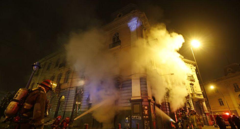 Incendio en plaza Dos de Mayo: así trabajaron los bomberos - 2
