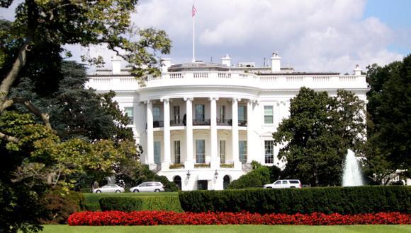 Estados Unidos expulsa a tres diplomáticos venezolanos