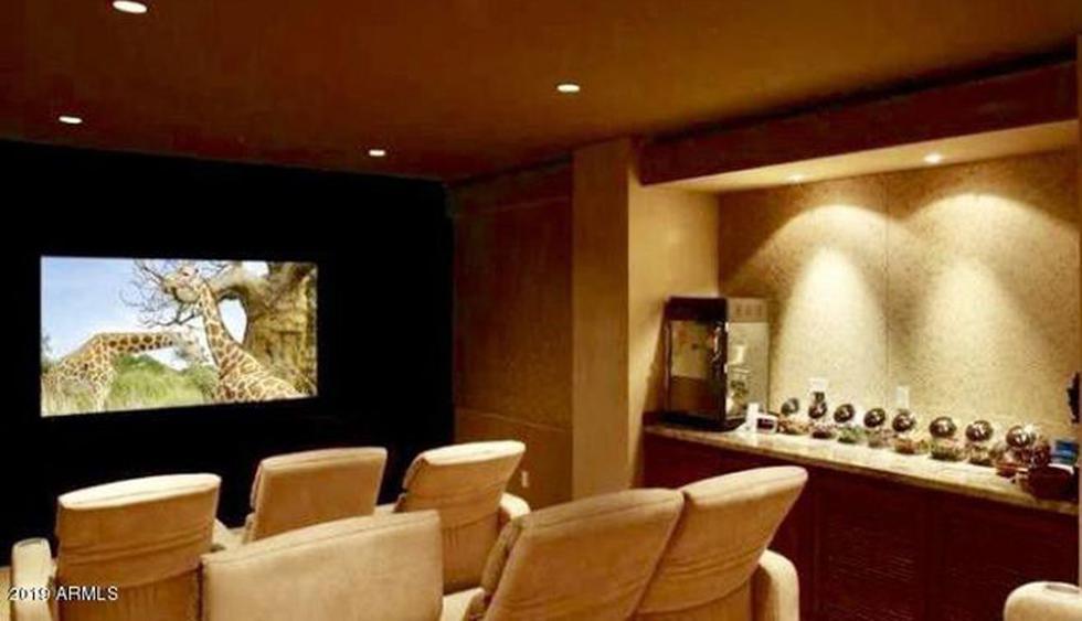 """La estrella de """"Above the Law"""" posee una serie propiedades en Estados Unidos. Una de ella es una mansión de Hollywood comprada por la actriz Reese Witherspoon. (Foto: Realtor)"""