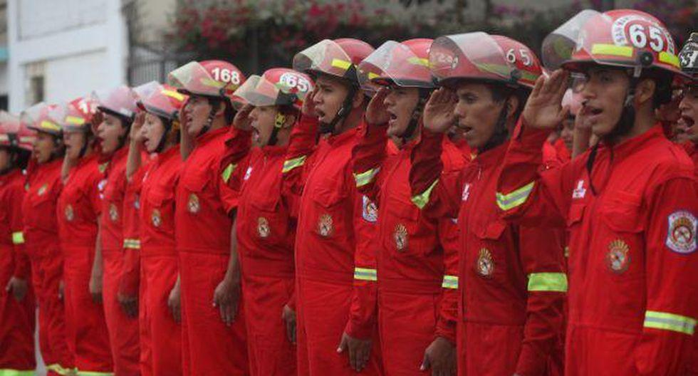 Trabajadores que sean bomberos podrán ausentarse en emergencias