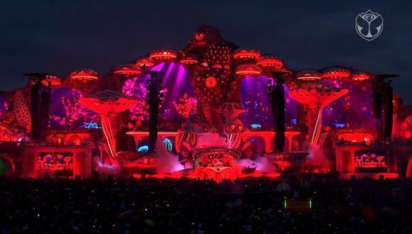 """El DJ holandés Hardwell sorprendió al público con su propia versión de """"Bella ciao"""", la icónica canción de """"La casa de papel"""". (Facebook)"""