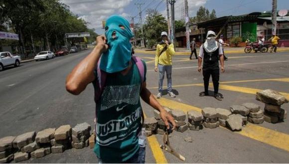 Por tercer día consecutivo, Managua y otras ciudades de Nicaragua acogieron protestas ciudadanas contra la reforma del seguro social aprobada el miércoles.
