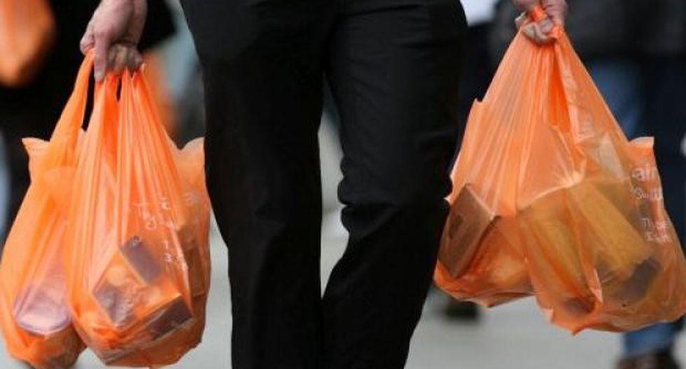 La obligación tributaria del impuesto al consumo de las bolsas de plástico se origina en el momento de la adquisición de estas. (Foto: USI)