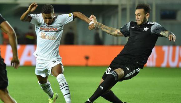 Gustavo Dulanto jugó 90 minutos en la victoria de FC Sheriff Tiraspol en la Champions League. (Foto: AFP)