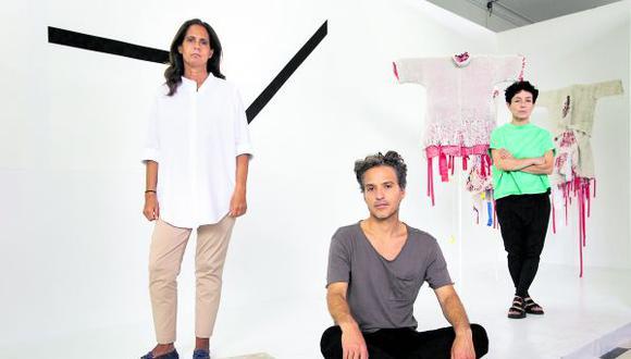 Verónica Majluf, Rafael Freyre y Lucía Cuba proponen, con esta muestra, revalorar el diseño. (Foto: José Rojas Bashe)