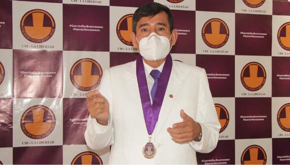 La Libertad: Nueve galenos fallecieron y otros 247 se contagiaron a consecuencia del COVID-19, señaló en el Día de la Medicina Peruana el Decano de Colegio Médico de La Libertad, Wilmar Gutiérrez Portilla.