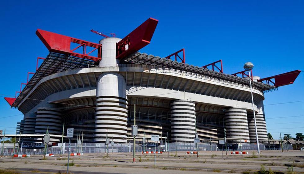Situado en  el barrio de San Siro, en la ciudad de Milán, Italia, este estadio acoge los partidos de local del A.C. Milan y el F.C. Internazionale. (Foto: Shutterstock)