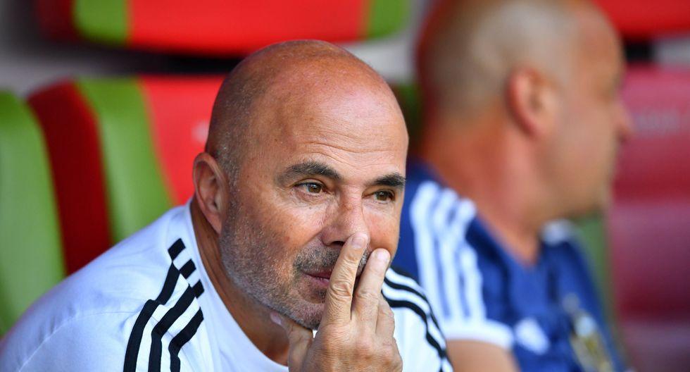 Jorge Sampaoli aseguró que no dará un paso al costado luego del fracaso de Argentina en Rusia 2018. (Foto: Reuters)