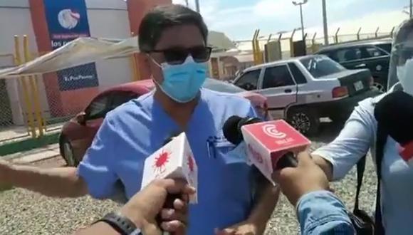 Ya no hay más camas en la Unidad de Cuidados Intensivos y los ambientes de hospitalización se encuentran también están colapsando. Cerca de 50 pacientes esperan por una cama UCI en los exteriores de los hospitales (Foto: Difusión)