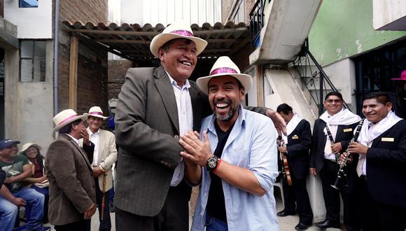 """Martín Arredondo estrenó """"Celebra Perú""""por Movistar Plus, un programa que muestra las tradiciones culturales y fiestas del país."""