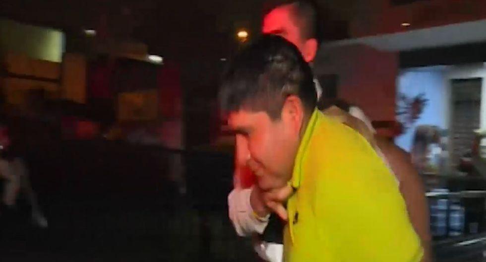 El presunto agresor está detenido en la comisaria de Mariscal Cáceres. (Foto: Captura/América Noticias)
