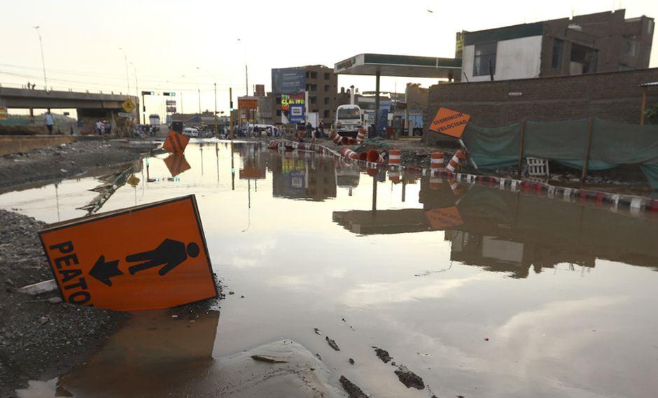 El día en fotos: lluvia, desborde y huaicos golpean Lima - 4