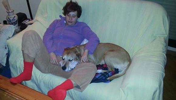 ¿Se debe sacrificar al perro de la infectada con ébola?