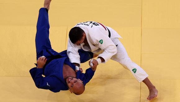 En la imagen el judoca argentino Emmanuel Lucenti durante su participación en los Juegos Olímpicos Tokio 2020. (Foto: AFP)