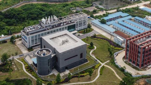 Esta vista aérea muestra el laboratorio P4  en el campus del Instituto de Virología de Wuhan, China, el 27 de mayo de 2020.(Foto de Hector RETAMAL / AFP).