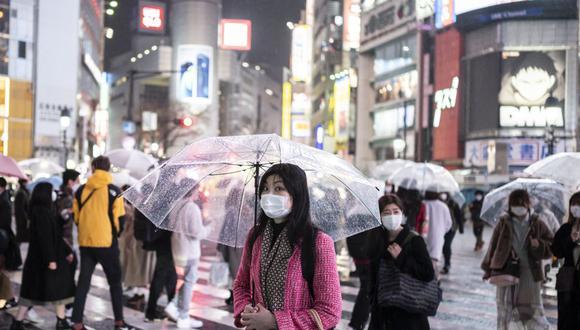 Japón prepara una nueva emergencia sanitaria por coronavirus en Tokio y 3 regiones más. (Foto: Charly TRIBALLEAU / AFP).