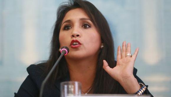 Gratificaciones: Solórzano cree que promulgarán ley sin cambios