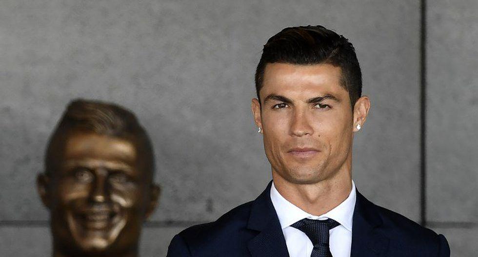 Hace un buen tiempo un escultor elaboró la efigie de Cristiano Ronaldo en el aeropuerto Internacional de Madeira. Sin embargo, recibió duras críticas porque la obra artística no se parecía en nada al crack luso. Ahora se reivindicó. (Foto: AP)