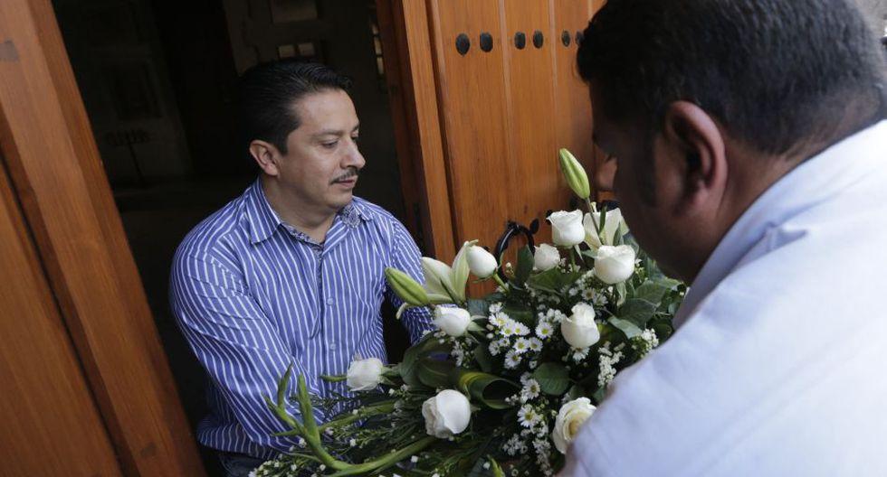 Expectativa en la funeraria donde cremarán los restos de 'Gabo' - 6