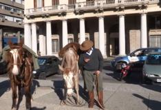Joven cruza Uruguay a caballo para asistir a su graduación