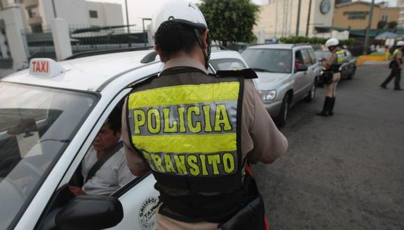 Unos 60 mil vehículos no podrán hacer taxi en Lima