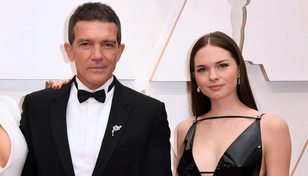 Stella del Carmen, la hija de Antonio Banderas y Melanie Griffith, debuta como modelo en la portada de la revista Glamour. (Foto: AFP/Robyn Beck)