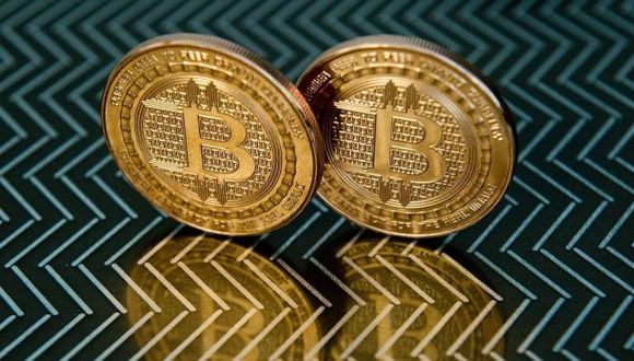 Ahora hay dos versiones del Bitcoin. (Foto: AFP)