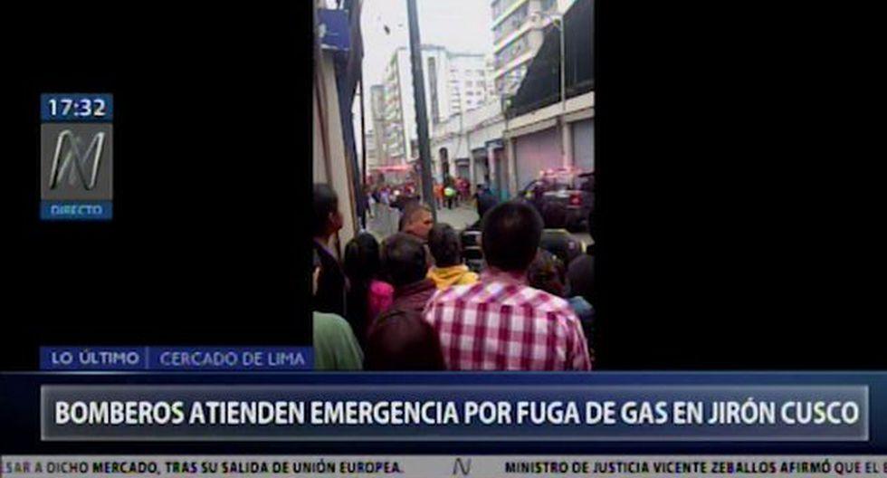 También se reporta una posible fuga de gas.(Video: Canal N)