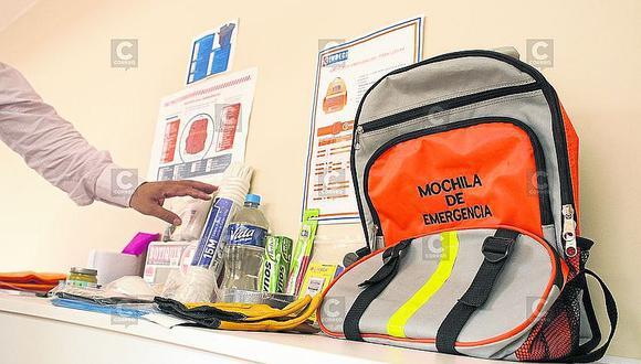 ¿Qué debe llevar una mochila de emergencia para evitar contagios de COVID-19?
