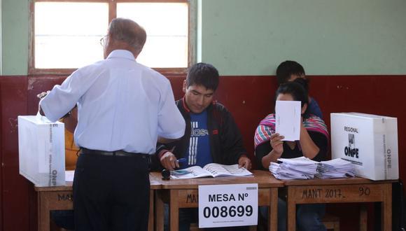 A los miembros de mesa les corresponde presidir el acto de votación, controlar el desarrollo de la votación y realizar el recuento y escrutinio (Foto: Andina)