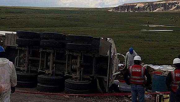 Arequipa: derrame de petróleo dañó bofedales y riachuelo