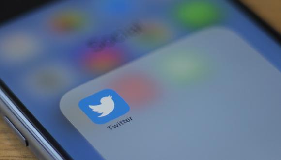 Twitter ha tomado una serie de decisiones respecto a las cuentas en su plataforma. (Alastair Pike / AFP)