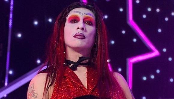 Mike Bravo, imitador de Marilyn Manson, sorprendió a todos con su performance. (Foto: @rayoenlabotella)