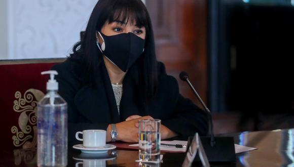 Jefa del Gabinete Ministerial se refirió a la situación del ministro del Interior, Luis Barranzuela, quien fue abogado de Vladimir Cerrón y Perú Libre. (Foto: Twitter)