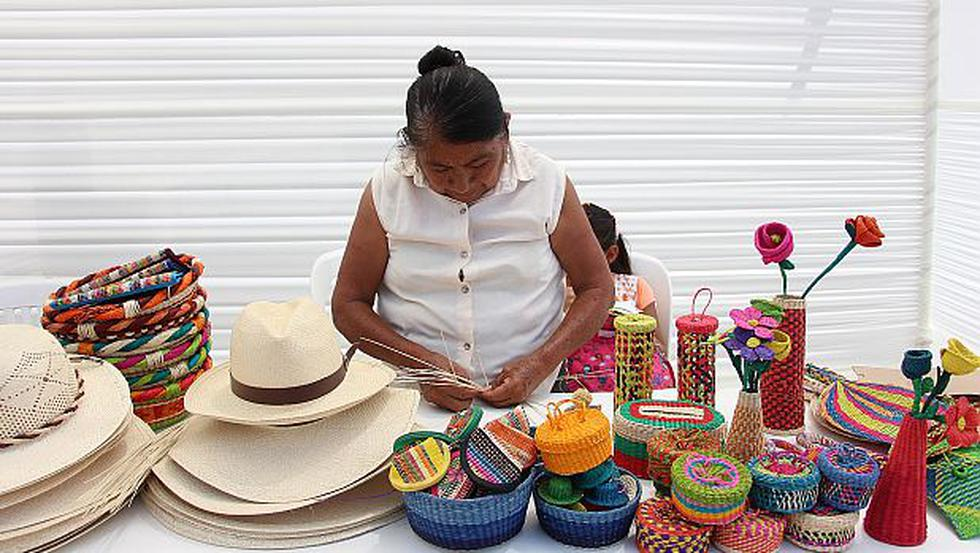 Piura: damnificadas venden sus productos en mercado artesanal - 2