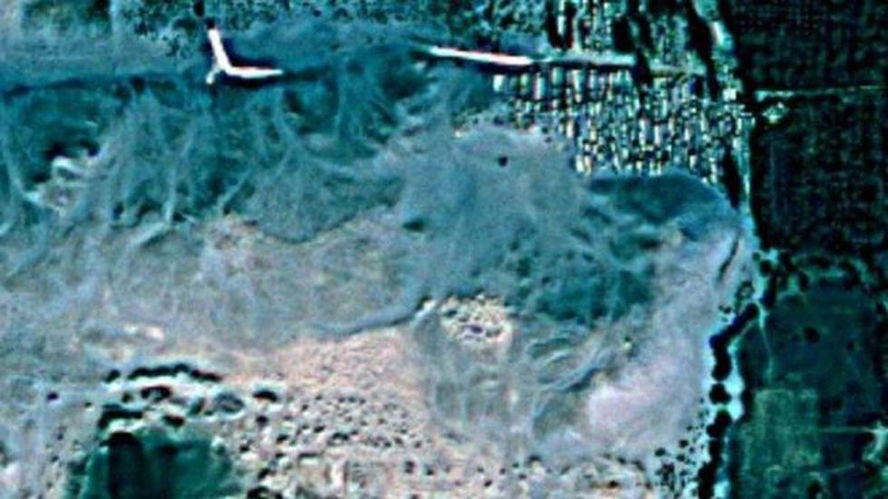 Estas son las imágenes satelitales que usa la arqueóloga. (Foto: TED)