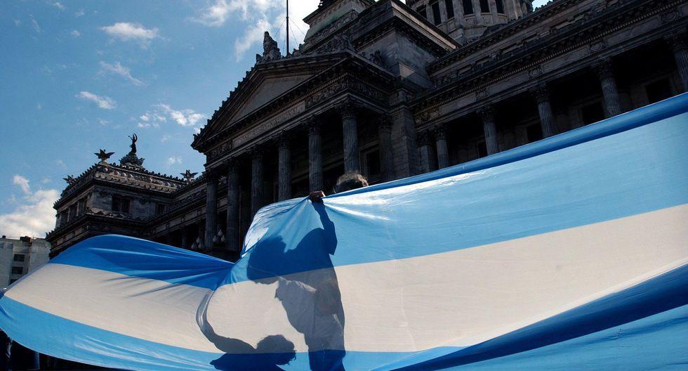 Este es el precio de la moneda estadounidense en Argentina. (Foto: AP)